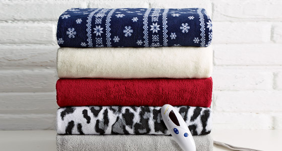 Stay cozy and warm and save up to 40% on Cold Weather Bedding!